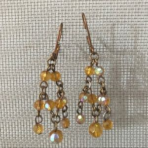 Jewelry - Gold chandelier earrings w/ iridescent amber beads